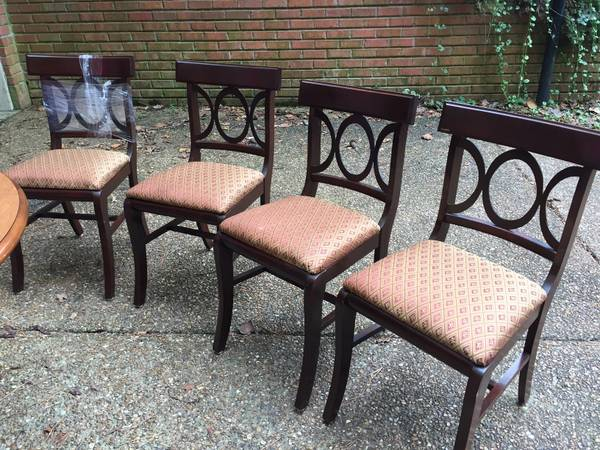 Set of Dining Chairs     $50     View on Craigslist