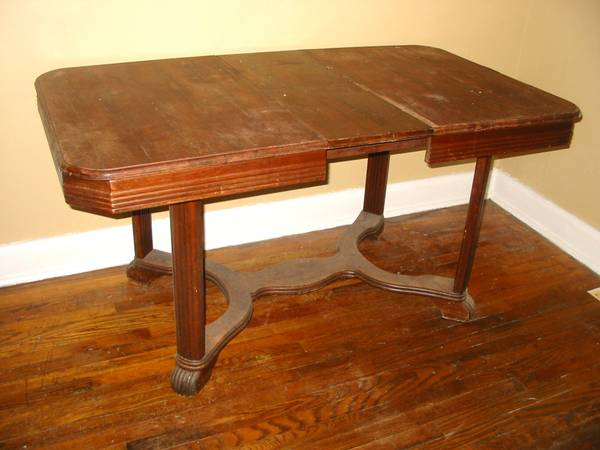 Antique Dining Table     $65     View on Craigslist