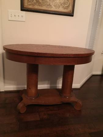 Table     $75     View on Craigslist