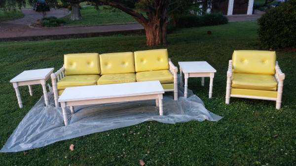 Vintage Faux Bamboo Sunroom Furniture     $250     View on Craigslist