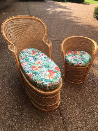 Wicker Chaise and Chair $70 View on Craigslist