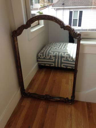 Gold Mirror     $30     View on Craigslist