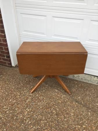 Vintage Drop Leaf Table     $60     View on Craigslist