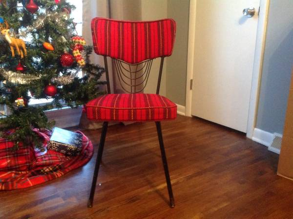 Vintage Chair     $45     View on Craigslist