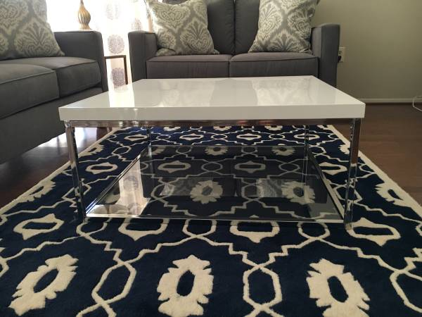 Coffee Table     $150     View on Craigslist