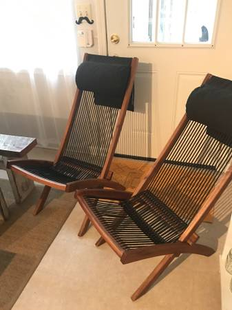 Pair of Modern Rope Chairs     $125     View on Craigslist