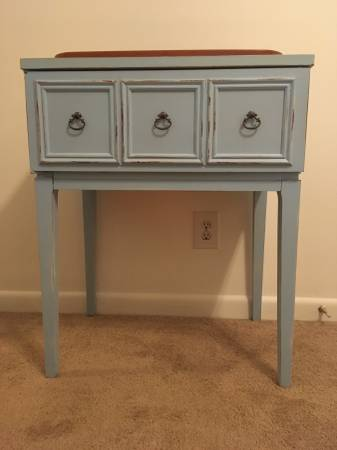 Drink Cooler Table     $30     View on Craigslist