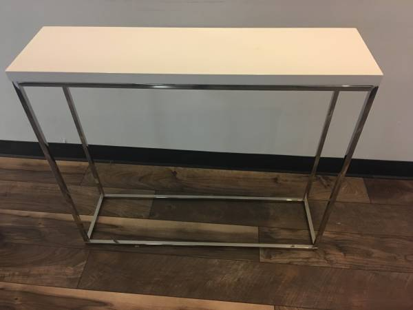 Small Accent Table     $40     View on Craigslist