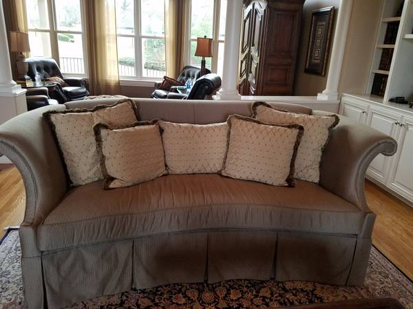Curved Back Sofa $300 View on Craigslist
