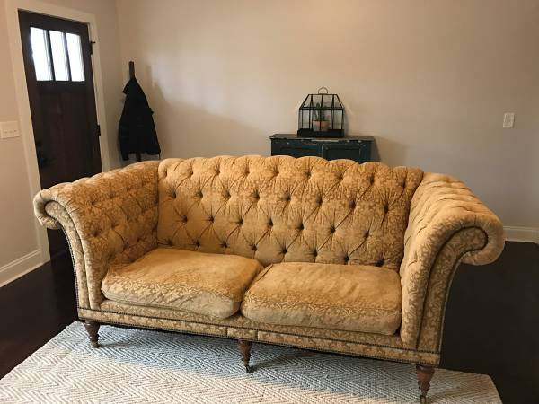 Tufted Sofa $500 View on Craigslist