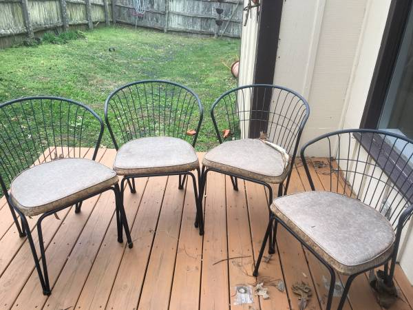 Vintage Patio Chairs $75 View on Craigslist