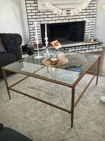 Coffee Table $75 View on Craigslist