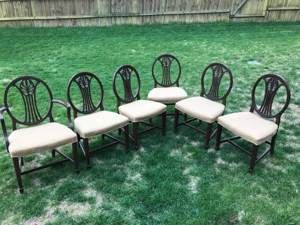 Set of Dining Chairs     $225     View on Craigslist