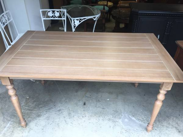 Kitchen Table $100 View on Craigslist