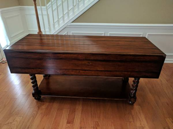 Drop Leaf Dining Table     $250     View on Craigslist