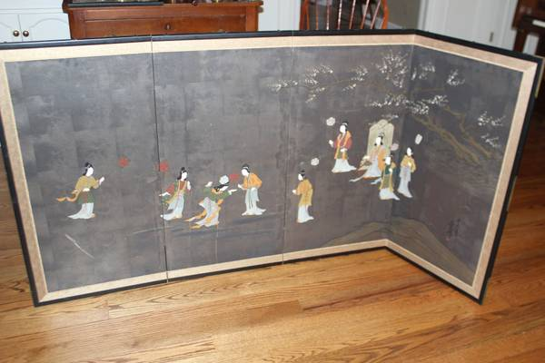 Japanese Screen     $50     View on Craigslist
