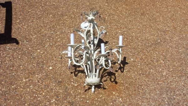 Chandelier $20 This would be perfect in a nursery or little girl's room. View on Craigslist
