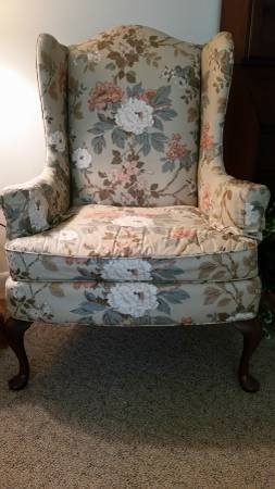 Floral Wingback Chair $30 View on Craigslist