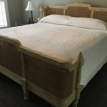 King Bed $750 View on Craigslist
