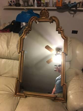 Gold Mirror     $20     View on Craigslist