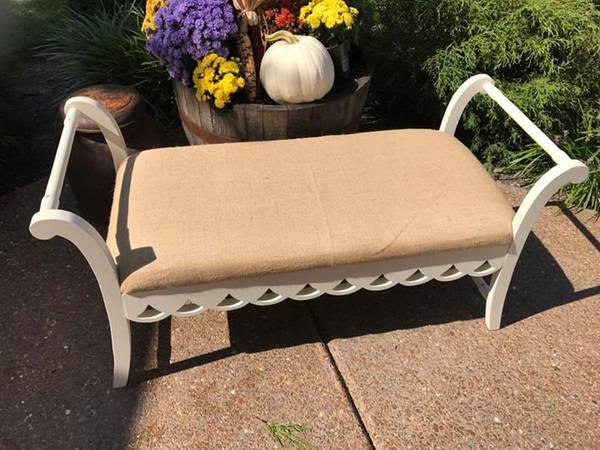 Bench     $80     View on Craigslist