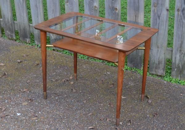 Mid-Century Table     $145     View on Craigslist