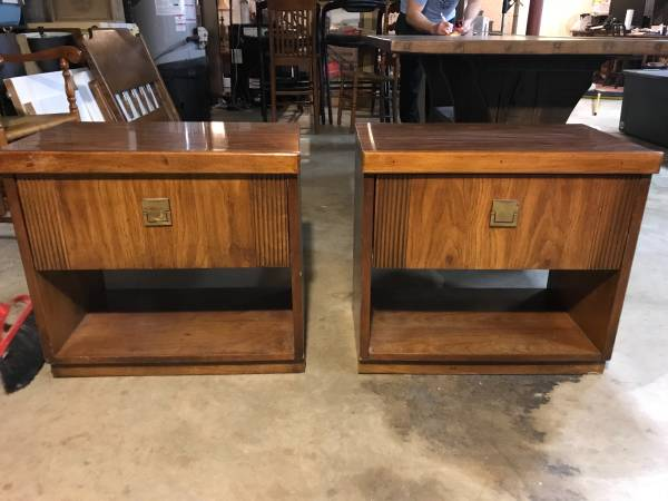 Pair of Nightstands     $50     View on Craigslist