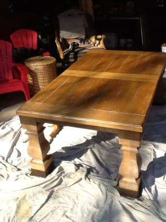 Oak Dining Table     $375     View on Craigslist