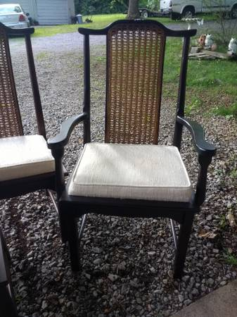 Set of 5 Chairs     $50     View on Craigslist