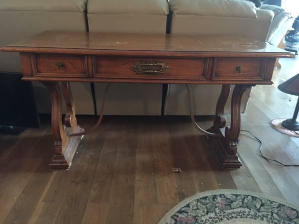 Antique Desk     $150     View on Craigslist