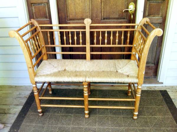 Bench     $90   This would be fabulous painted!    View on Craigslist