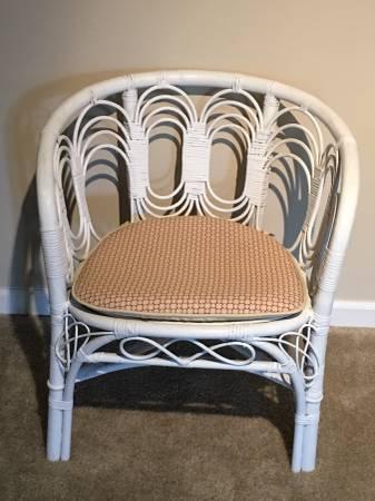 Rattan Chair     $35     View on Craigslist