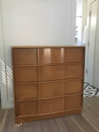 Heywood Wakefield Dresser     $400     View on Craigslist