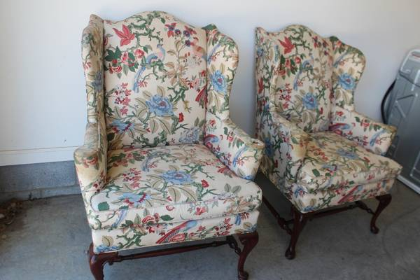 Pair of Hickory Chair Wingbacks     $60   These would be a great pair to reupholster.    View on Craigslist
