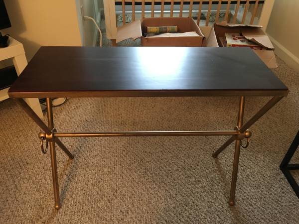 Side Table     $20     View on Craigslist