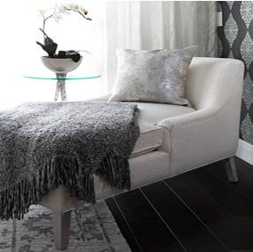 linda-chaise-440x284.jpg