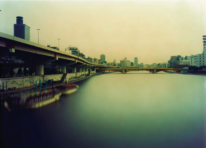 Ken Kitano,Morning to Evening, Sumida River, Tokyo, from the series One Day, 2007