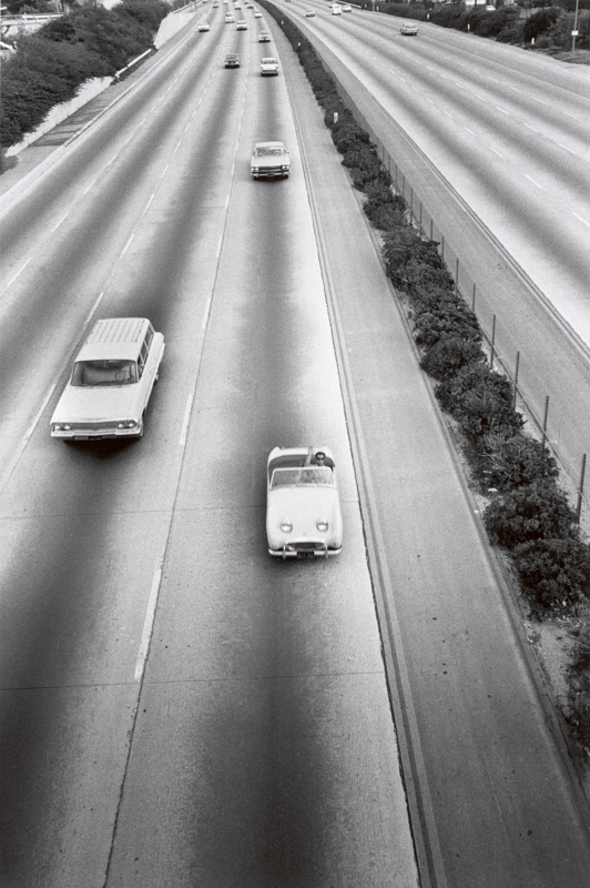 Bruce Davidson,  Sports Cars from Freeway Overpass, LA , 1964