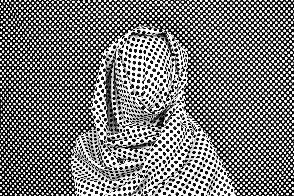 "Alia Ali, ""Dots II,"" 2016, K3 Pigment Print.  Nancy Hardin Collection"