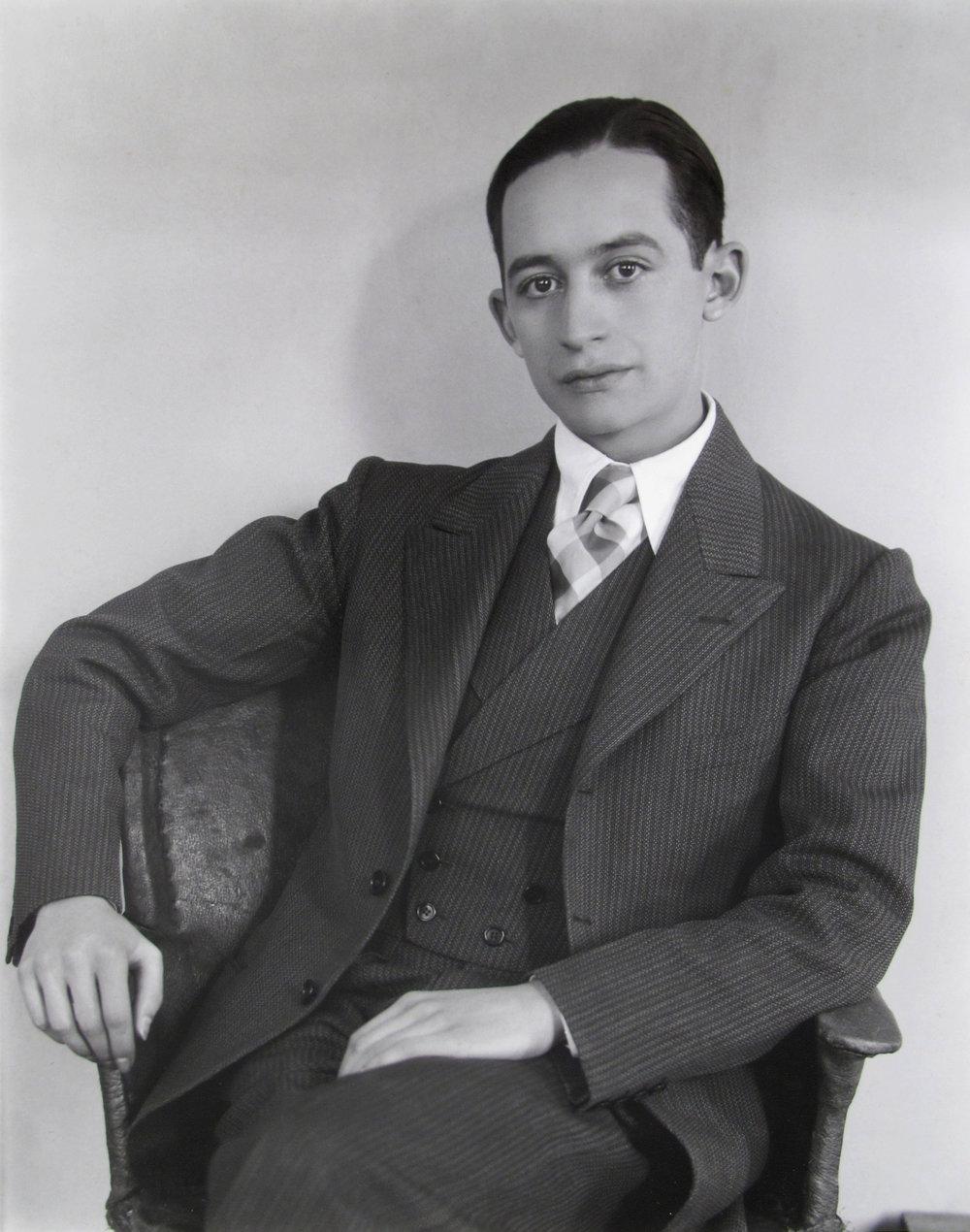 Manuel Alvarez Bravo  Xavier Villaurrutia , 1930-40 8 x 10 inches Silver Print
