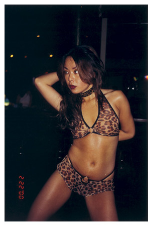 Nikki S. Lee  The Exotic Dancers Project (20) , 2000 28.25 x 21.25 inch Fujiflex Print