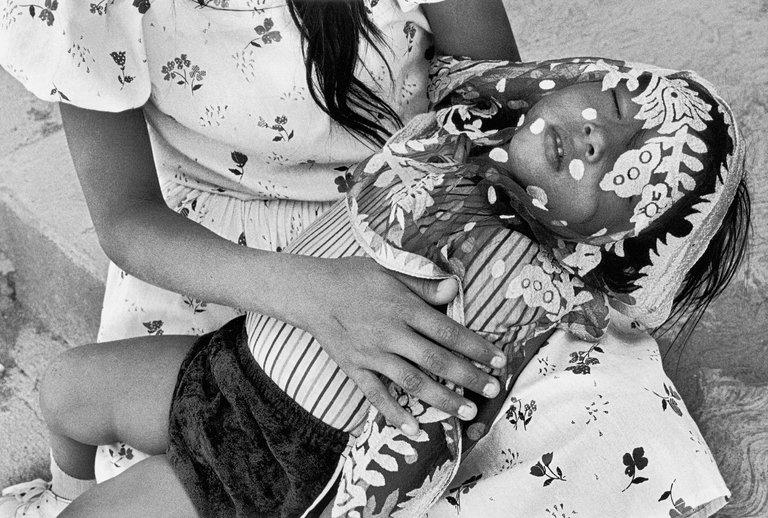 Graciela Iturbide,Jueves Santo, Juchitán, Oaxaca, 1986