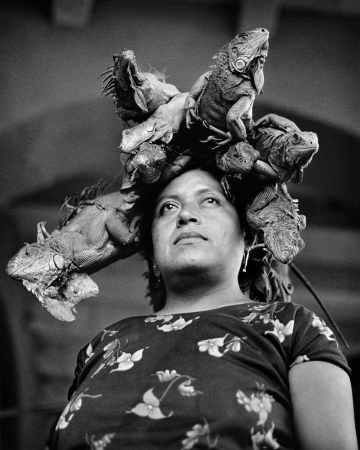 Graciela Itrubide, Nuestra Señora de las Iguanas, Juchitán, Mexico, 1979