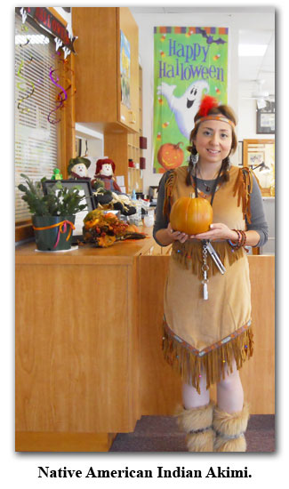 Akimi brings out here Native American Indian at Halloween at Southgate Coins