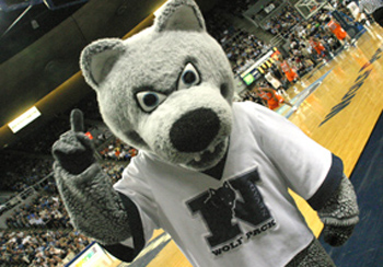 UNR's Wolf Pack mascot