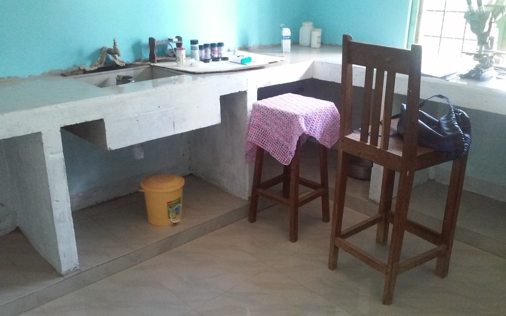 Sink and hygienic tiled floor