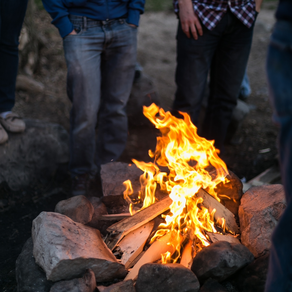 Bonfires up the canyon with friends are one of my favorite things. Campfire smell makes me happy.
