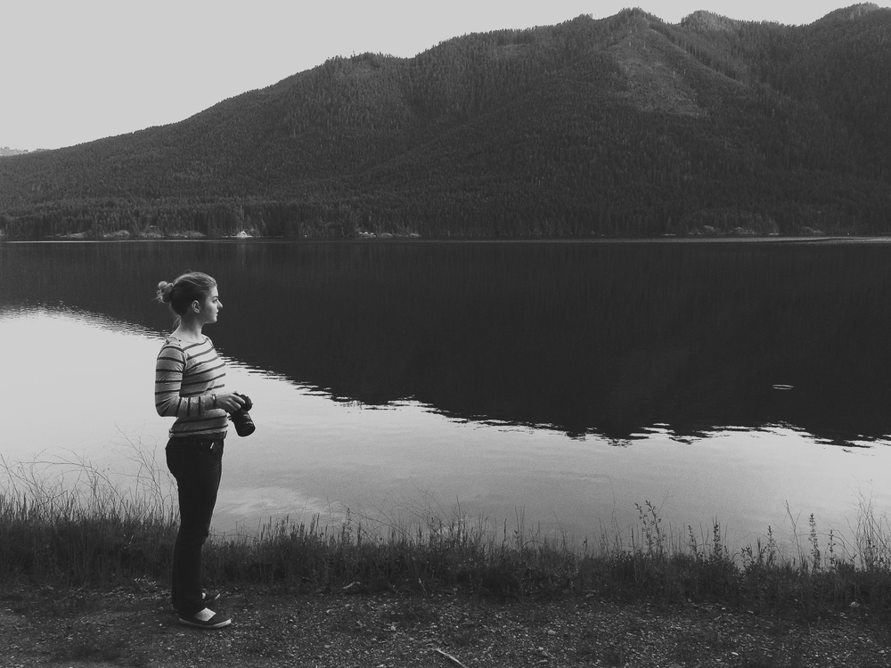 Mountain-Lake-Portrait-Photographer-Washington-Utah