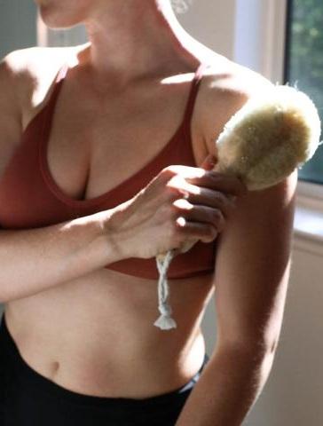 urb_apothecary_organic_natural_dry_brushing.jpg