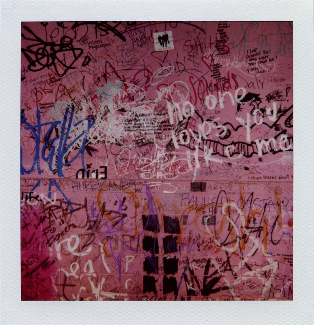 pink_pola_wall.png